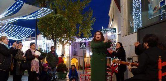 Concierto callejero de Nane Ramos en Montijo
