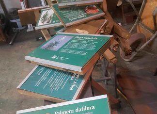 Destrozan la cartelería del Parque Miguel Merino de Montijo vandalismo