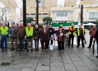 FOTOS: Mesa informativa de pensionistas en Montijo y Comunicado Huelga Vasca