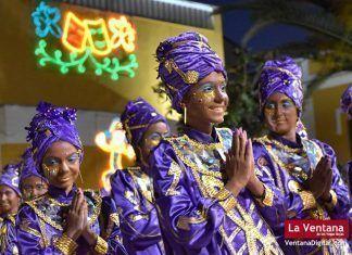 La Kochera, primer premio del Desfile de Comparsas del Carnaval de Badajoz