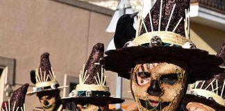 VÍDEOS Comparsa Montihuakán en el Desfile de Carnaval de Montijo