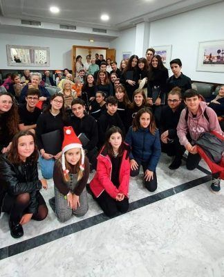 Visita del Conservatorio a la Residencia de Mayores Virgen de Barbaño