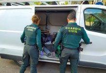 La Guardia Civil detiene a los autores de los robos con intimidación en una cafetería y una tienda de Puebla de la Calzada