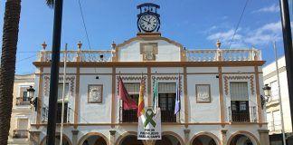 Fachada del Ayuntamiento de Montijo.