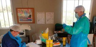 Sanitarios del SES realizan test rapidos en la Asociacion Camino a la Vida