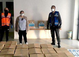 Una donación de lotes de comida desde Emiratos Árabes beneficia a decenas de familias de las Vegas Bajas