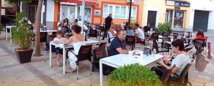 El Ayuntamiento de Montijo modifica la ordenanza de terrazas de veladores