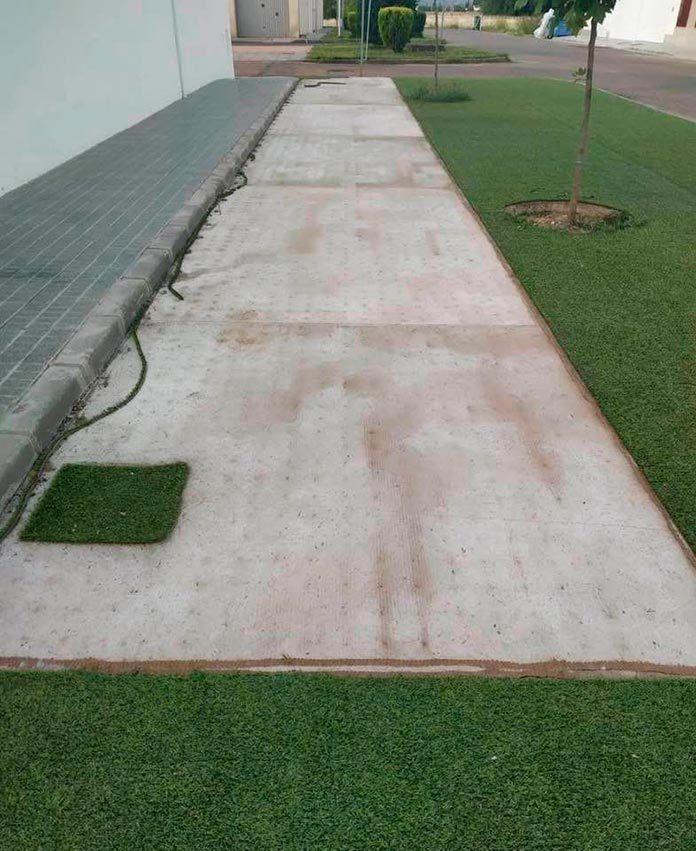 Puebla de la Calzada sufre un acto vandálico en la calle Pedro de Valdivia