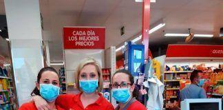 FOTOS: Comerciantes de Lobón reciben cartelería informativa contra la COVID-19 de Ventana Digital