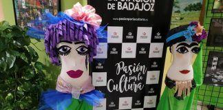 """Exposición """"Reciclaje y Teatro"""" en el Off Festival de Puebla de la Calzada"""