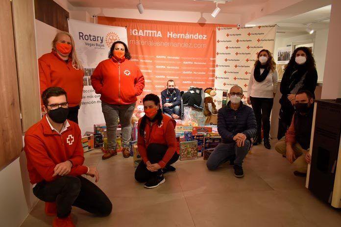 FOTOS: Campaña del Juguete de ROTARY Vegas Bajas en colaboración con Cruz Roja