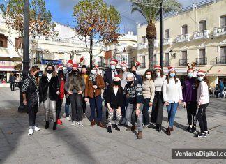 Flashmob navideño de los comerciantes de Montijo