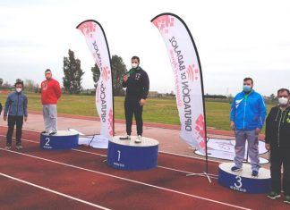 El lanzador montijano Jarvier Cienfuego revalida el título en el Campeonato de Extremadura