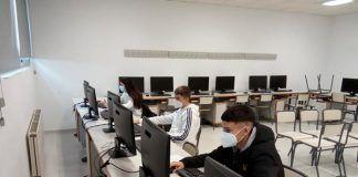 Alumnos del IES María Josefa Baraínca de Valdelacalzada participan online en la XVI Olimpiada de Biología