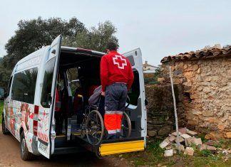 El Voluntariado de Cruz Roja colabora en el proceso de vacunación