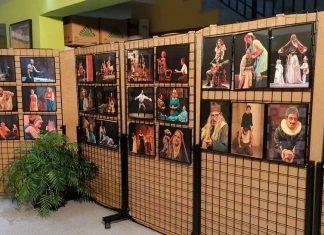 """La exposición """"Pasión por el Teatro"""" en la Casa de la Cultura de Puebla de la Calzada"""