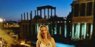 La escritora montijana Vanessa Cordero dos veces galardonada en el último mes